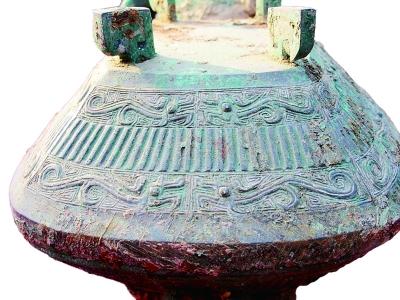 宝鸡西周墓出土48件青铜器