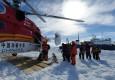 """中国""""雪龙""""显身手 南极大营救52人脱困"""