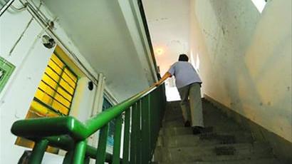 沪老房加装电梯可补贴24万 需敲46个章