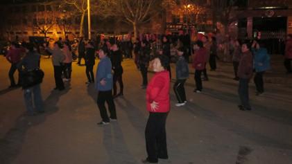 闵行改造百个市民广场 广场舞不再扰民