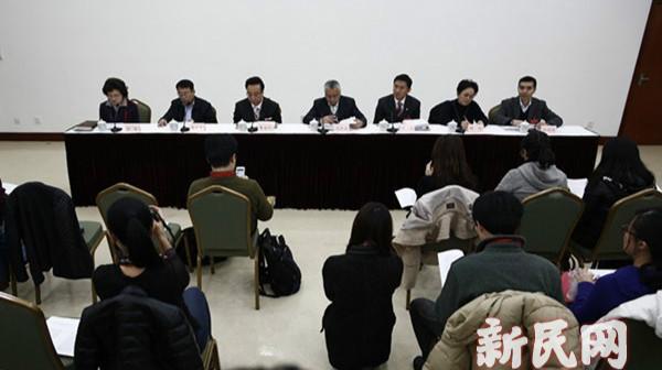 委员:建议车牌拍卖收入用于环保治理