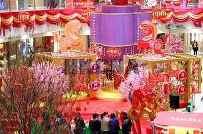 香港购物商场打造新春喜庆乐园