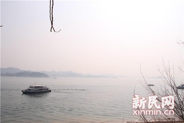 记者新春走基层 千岛湖的美和忧