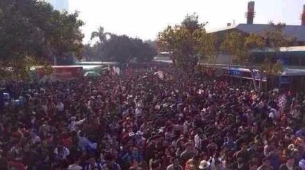 春节旅游火爆 鼓浪屿24小时10万人登岛