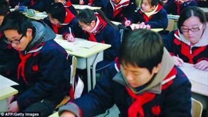 英大臣来取经 称上海数学教育全球领先