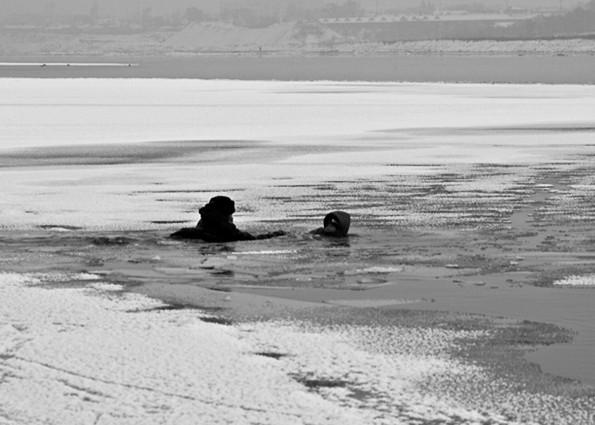山西平遥6名儿童玩耍时坠冰河溺亡