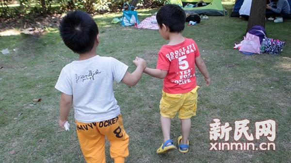 """生还是不生?申城三个妈妈的""""二胎观"""""""