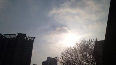 今夜起雨水重来申城 周三再转多云天