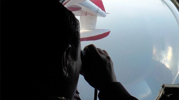 法国将动用军用卫星支持马航客机搜救