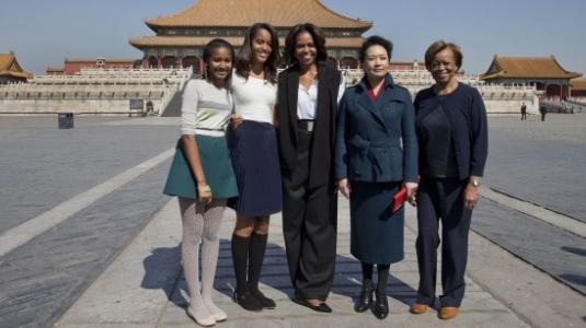 奥巴马家人北京家宴菜单曝光:烤鸭水饺