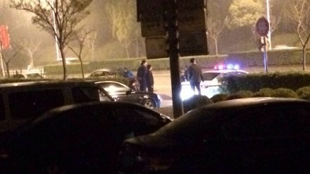 高科中路白领公寓一名男子被刺身亡