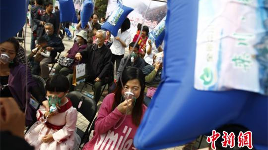郑州免费送新鲜空气 现场酷似输液大厅