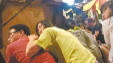 马称遭绑女游客暂时安全 绑匪未提要求