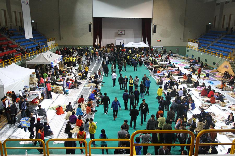 韩国失事客轮遇难者已达9人 搜救继续