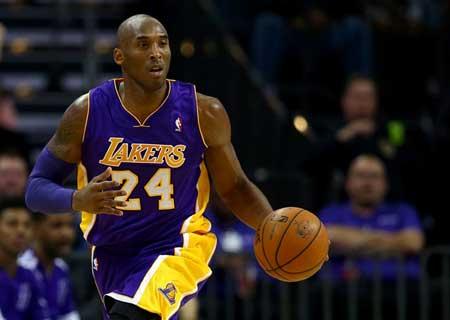 14篮球赛季于去年12月17日宣告结束,当时科比左膝盖骨头受到重创