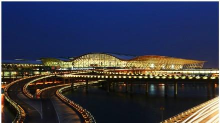 浦东机场将建捷运串起航站楼和卫星厅