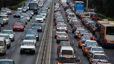 五一车流预计增30% 五大常规堵点预案启动