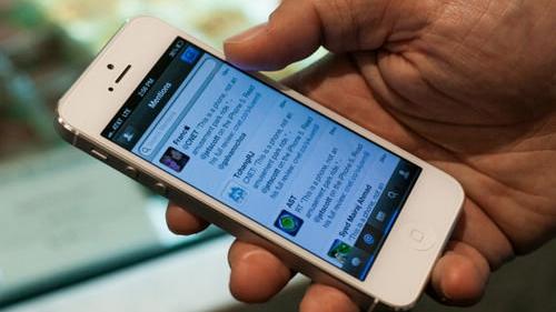 苹果承认部分iPhone5开关键存缺陷