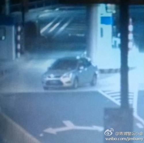 男子驾偷盗车走高速拒付通行费被抓正着