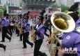 中外管乐团队南京东路步行街大巡游