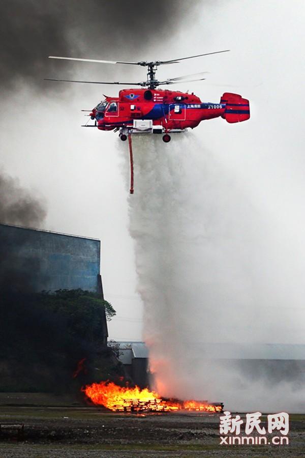 上海特警实战演练 消防直升机首次亮相大显身手
