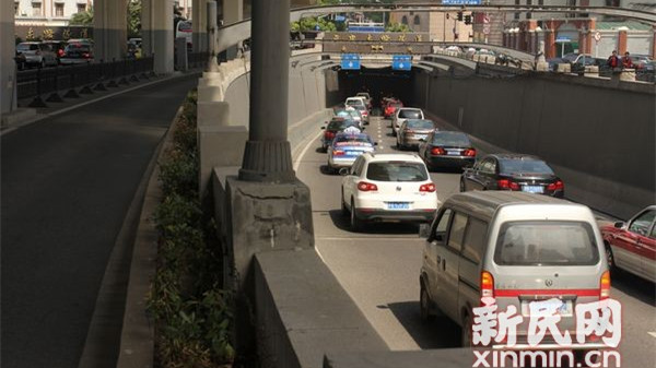 警方发延安高架、延东隧道绕行攻略