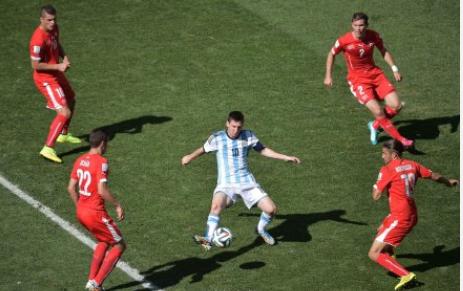 阿根廷晋级路:梅西依赖症,得治!