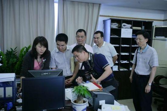 广东东源法院院长卧轨自杀原因不明 上任仅3月
