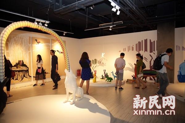 童趣变创意 美国艺术家来沪举办蜡笔达人展