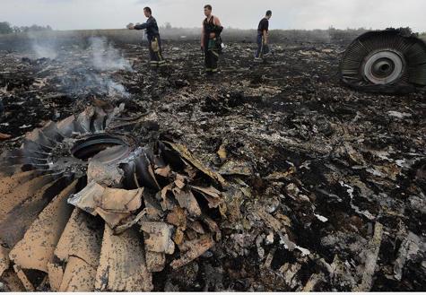 马航客机在乌克兰境内坠毁疑被击落 295人遇难