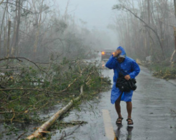 史上最强台风来袭!海南交通电力严重受阻