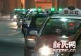 航班延误回家变难 浦东机场:增设应急大巴疏散客流