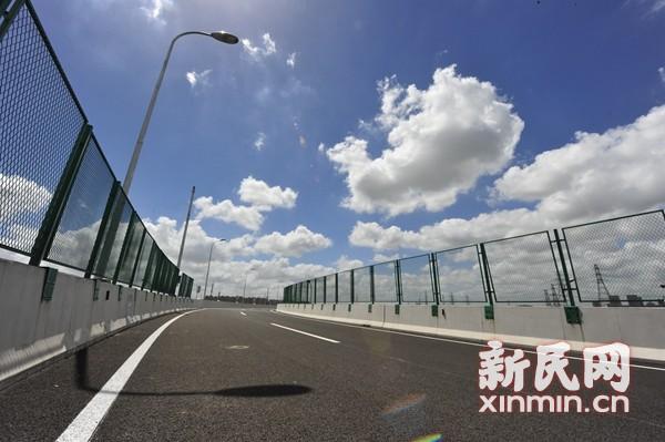 S6沪翔高速正式通车 率先采用预制装配式桥梁防撞护栏