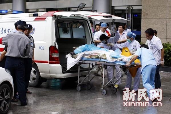 昆山爆炸伤员转苏州上海 家属:车间粉尘大