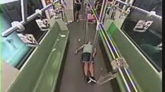 上海地铁披露2起乘客盲目惊慌典型案例