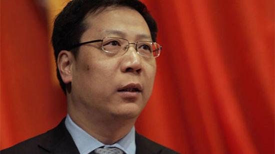 涉嫌贪污148万受贿301万 卫计委原副主任黄峰平受审