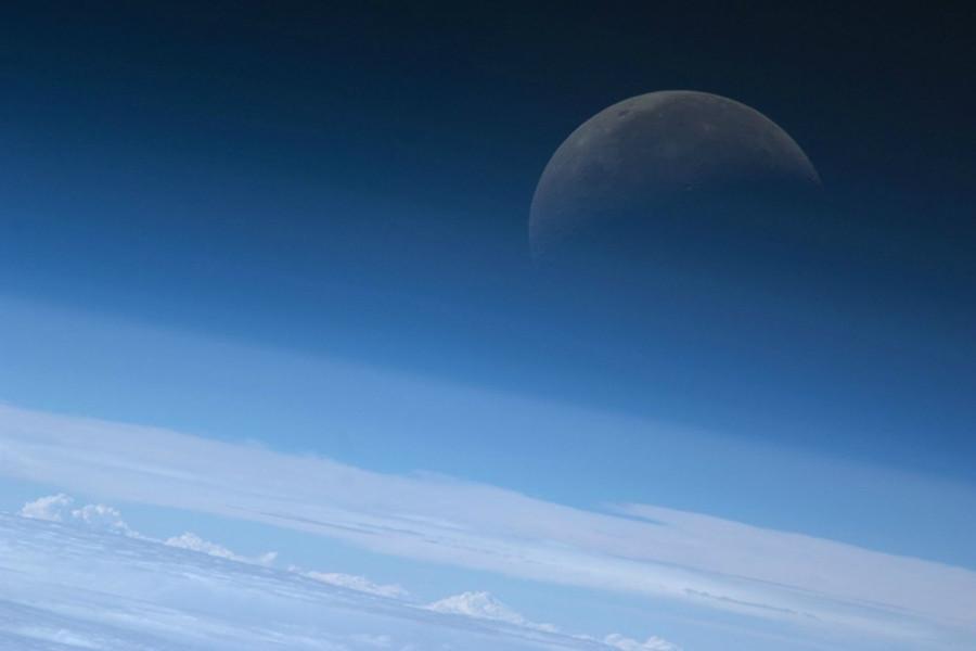 来自太空空间站的中秋祝福