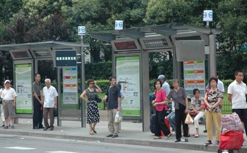 上海公交拟新辟调整83条线路 配套大型居住社区