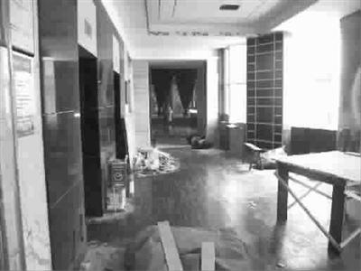 上海丽池会所两家门店停业 预付卡业务并未备案