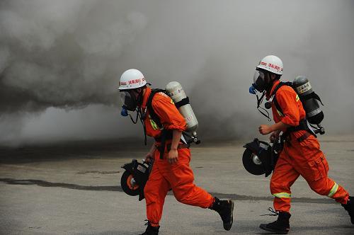上海消防建设出新规划 市区失火争取5分钟到场