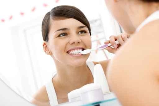 刷牙出血或患糖尿病 四类高危人群