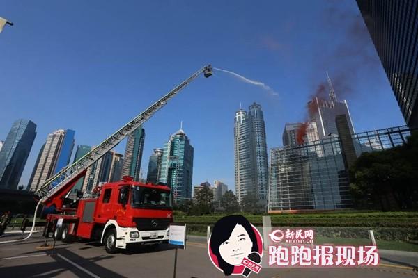 环球金融中心74楼发生火灾!防灾演习hold住全场