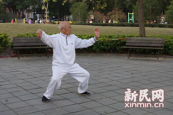 新民网采访常式太极拳传人蔡锡祺