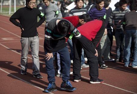 """上海大学生体质女生更强 """"宅男女""""超重多"""