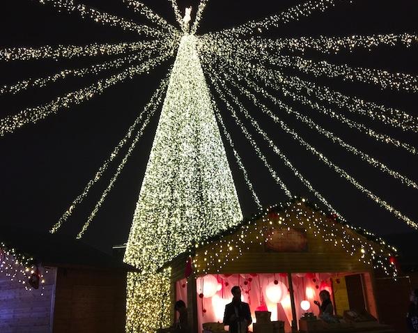 德国圣诞集市今起迎客 在上海过欧洲年