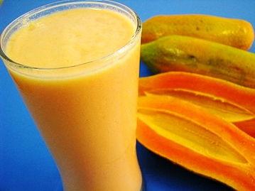 材料:木瓜,美国大杏仁,牛奶,糖-吃出不老容颜的八种美味甜品