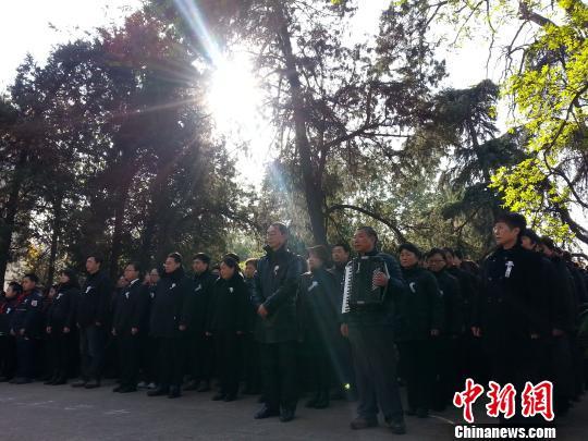 南京鸣警报全城默哀1分钟 公祭大屠杀死难者