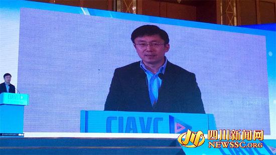 爱奇艺CEO龚宇:每月上亿人显微互联网视频看终端注射通过图片