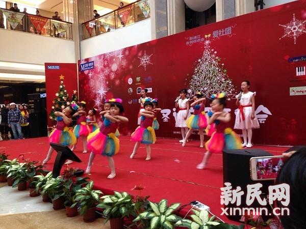 圣诞新年欢乐多 浦江社区举办亲子音乐会