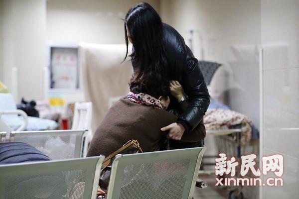 韩正、杨雄连夜部署全力做好伤员抢救和善后处置